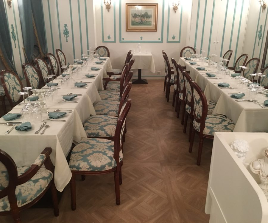 Entreprises & Groupes - Cabaret Baroque - Salon 1er étage - Dîner d'équipe