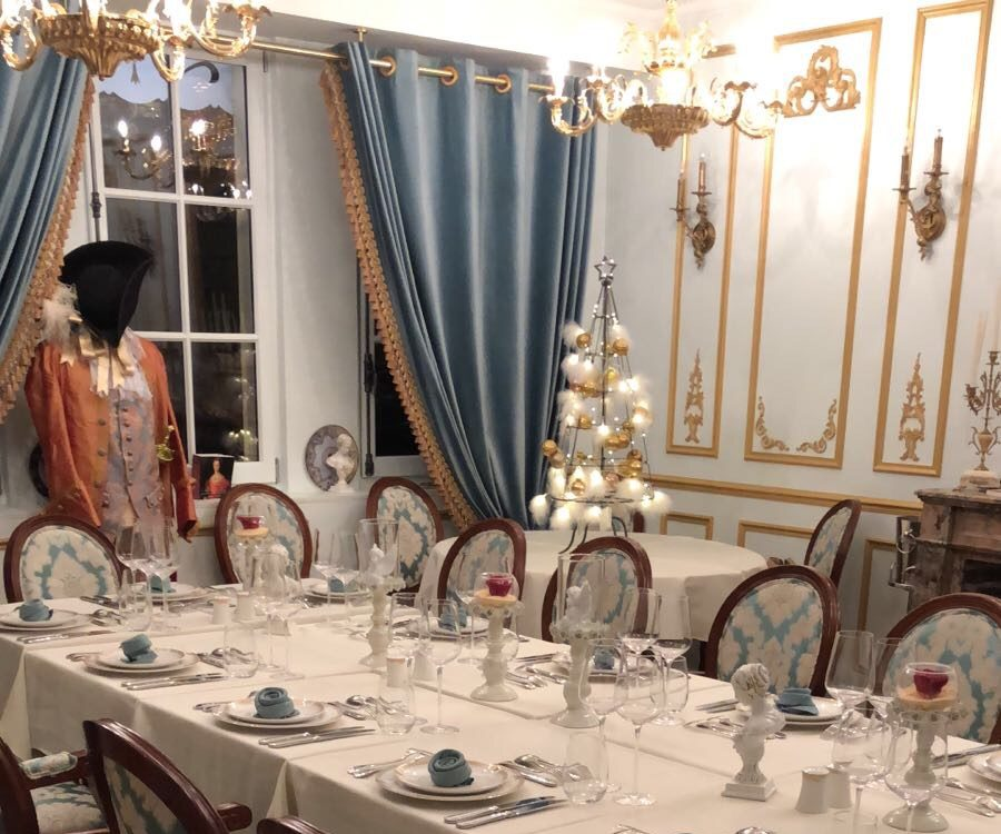 Entreprises & Groupes - Cabaret Baroque - Dîner de fin d'année pour entreprises & particuliers