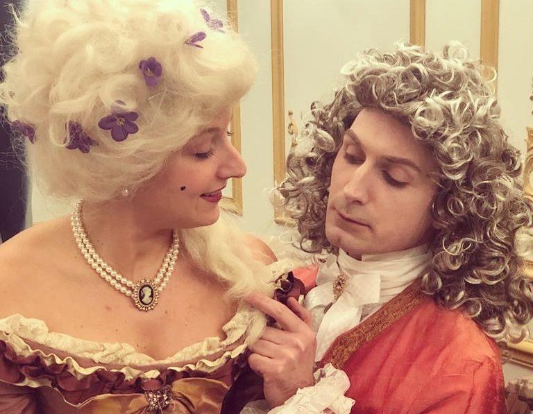 Théâtre à la Table - Louis XV & ses liaisons dangereuses - Geste d'approche