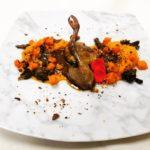 Pigeonneau, citrouille, champignons et noisettes