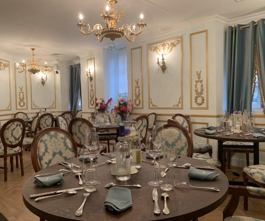 Entreprises & Groupes - Salon Jardin D'hiver - Groupe tables séparées